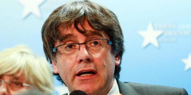 Puigdemont se saca de la manga del PDeCAT el 'Junts per Catalunya' y se marca un farol