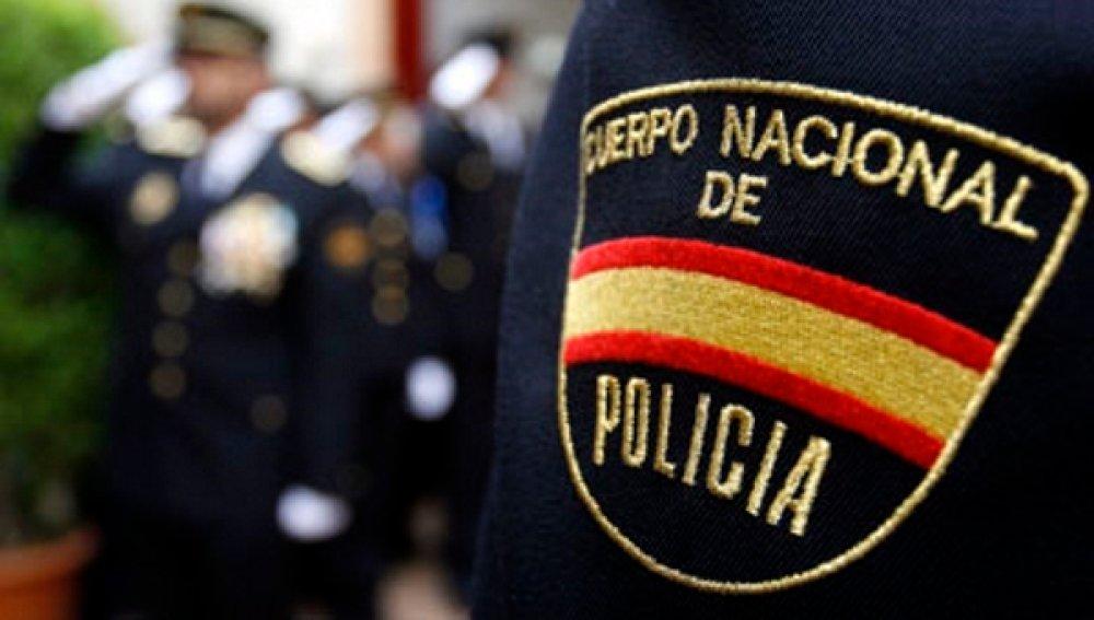 El tuit de la Policía Nacional que arrasa en las redes por su tonto final