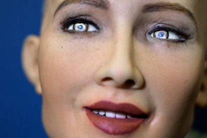 Sofía, el robot que promete aniquilar la humanidad, quiere formar una familia