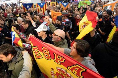 Bronca en el AVE entre españolistas e independentistas en la 'despedida de la Mesa del Parlament