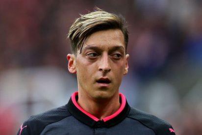 Özil reclama 19 millones por temporada para fichar a coste cero