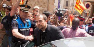 Así son los piadosos sermones 'indepes' del pringoso obispo de Solsona