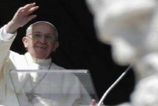 """El Papa reza para que los terroristas se conviertan y el mundo se libre de su """"locura homicida"""""""