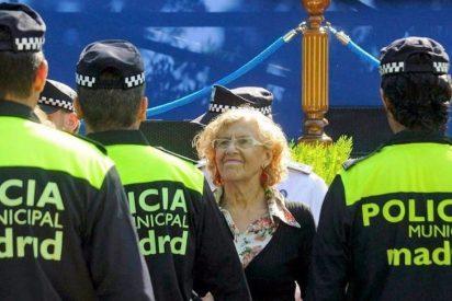Amenazan con un 'soneto' al policía municipal que destapó los whatsapp contra Carmena