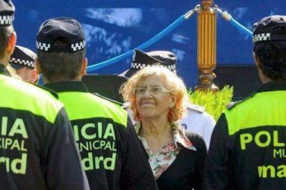 El Ayuntamiento de Madrid retira la placa y la pistola a los agentes que amenazaron a Carmena por WhatsApp