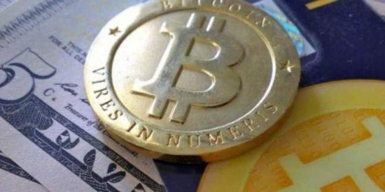 La moneda virtual bitcoin pone la directa hacia los 10.000 dólares