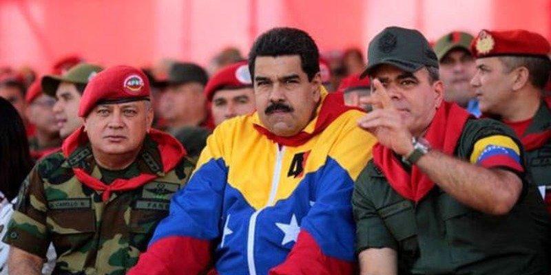 La tiranía del chavista Nicolás Maduro militarizará todos los altos cargos de PDVSA