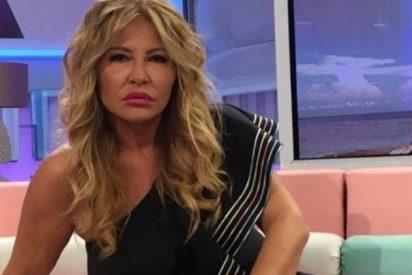 Cristina Tárrega, acosada por su jefa