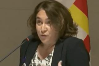 Las redes 'sepultan' a la nefasta Ada Colau por utilizar a Barcelona para mentir a favor de su amigo narco Evo Morales