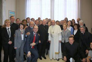 El Papa designa a dos mujeres para coordinar el trabajo vaticano sobre laicos y vida