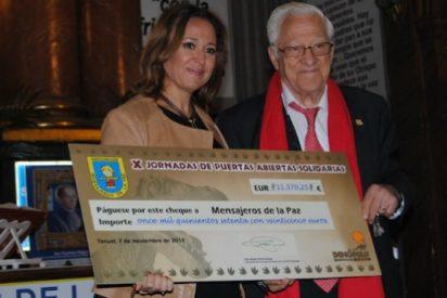 Dinópolis apoya la labor de Mensajeros de la Paz