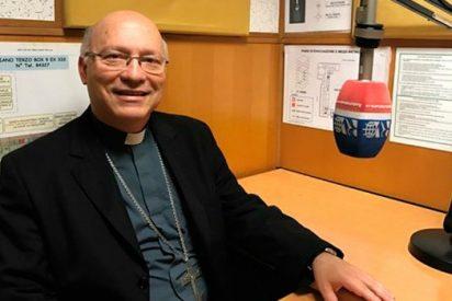 """Obispo Ramos llama a los chilenos a asumir su """"responsabilidad cívica"""""""