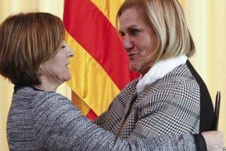 Los atroces insultos de las dos expresidentas del Parlamento catalán a la juez Lamela