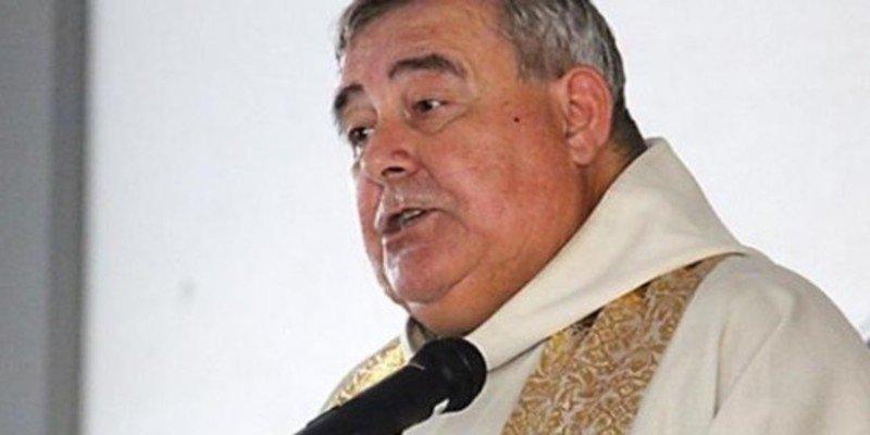 Un cura de Gerona expulsa de por vida de su iglesia a los feligreses no independentistas