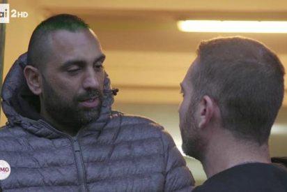El capo mafioso parte la cara al periodista de la RAI en vivo y en directo