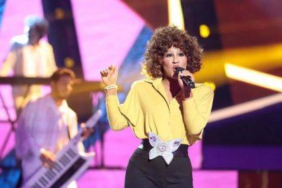 'Tu cara me suena': Lucía Gil imitando a Whitney Houston gana la gala 8