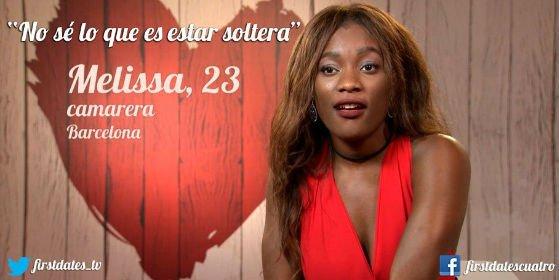 Una africana 'pechugona' deja 'flipado' a un stripper en 'First Dates'