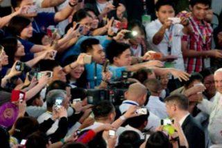 """Francisco pide favorecer """"el diálogo, la paz y la comprensión mutua"""" en Asia"""