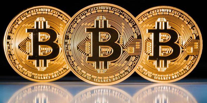 El Govern del ahora prófugo Puigdemont usó bitcoins para ocultar gastos del referéndum ilegal