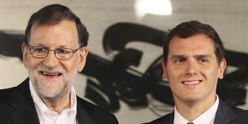 El desafío independentista en Cataluña empuja a España hacia la derecha
