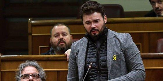 """Los tuiteros masacran a Rufián por su última mamarrachada: """"El lazo amarillo es el nuevo antifranquismo"""""""