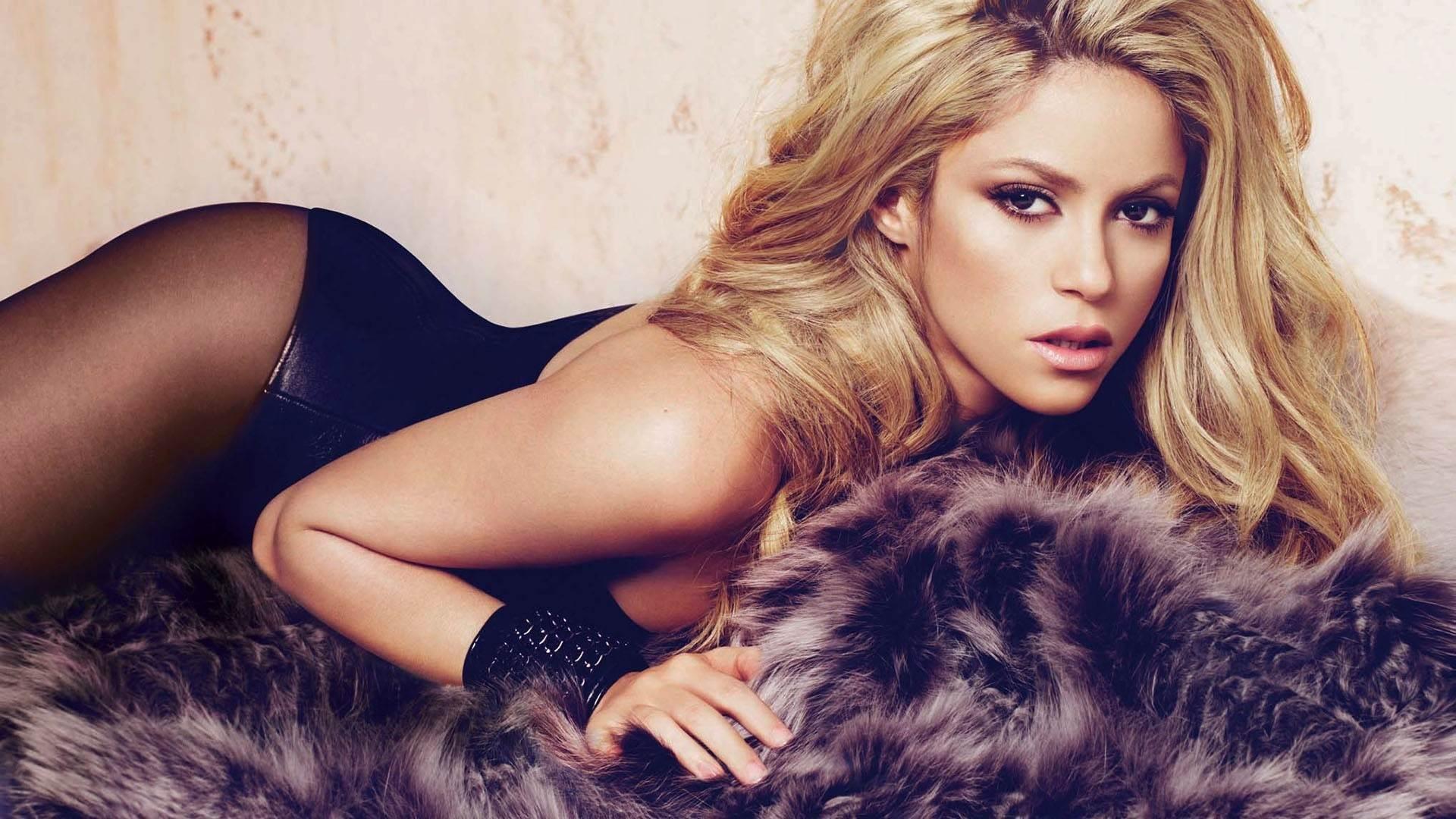 Involucran a la bella Shakira en el turbio embrollo de los ¡Papeles del Paraíso'