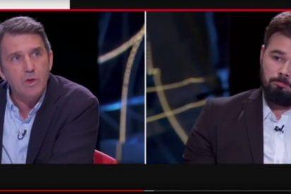Un ciudadano catalán ridiculiza en directo a Rufián en TV3 y las redes revientan de risa