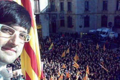 El dircom independentista José María Piqué desafía al Gobierno de España y a los jueces