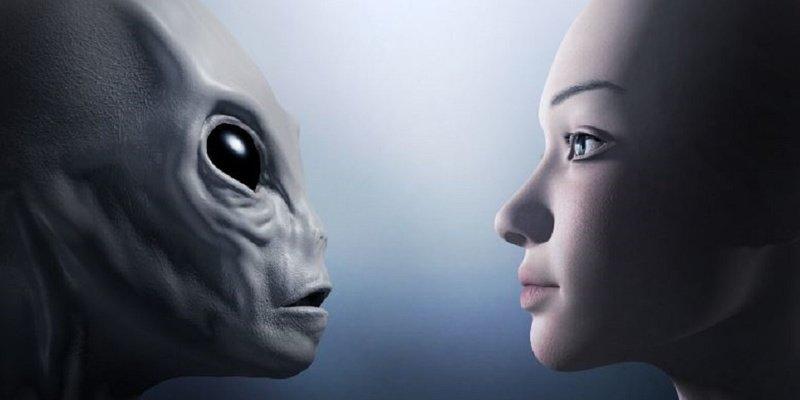 """OVNIS: """"Hay pruebas muy convincentes de que podemos no estar solos en el Universo"""""""