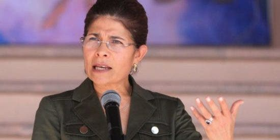 Mueren la hermana del presidente de Honduras y cinco personas en un accidente de helicóptero