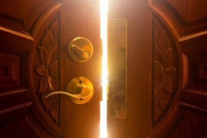 Abre la puerta