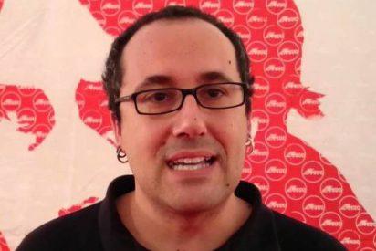 Un concejal de Podemos defiende al 'okupa' homicida y pisotea la memoria de Víctor Laínez
