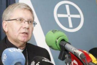 """Monseñor Menéndez: """"Sería malversación de fondos resarcir económicamente a la víctima de Ramos Gordón"""""""