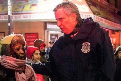 Nueva York: 12 muertos, entre ellos un bebé, en el incendio más trágico de los últimos 25 años