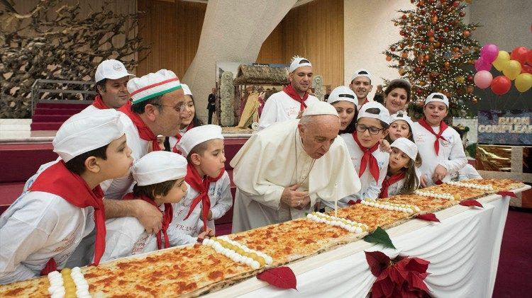 """""""Si quitamos a Jesús, ¿qué es la Navidad? Una fiesta vacía. Jesús es la verdadera Navidad"""""""