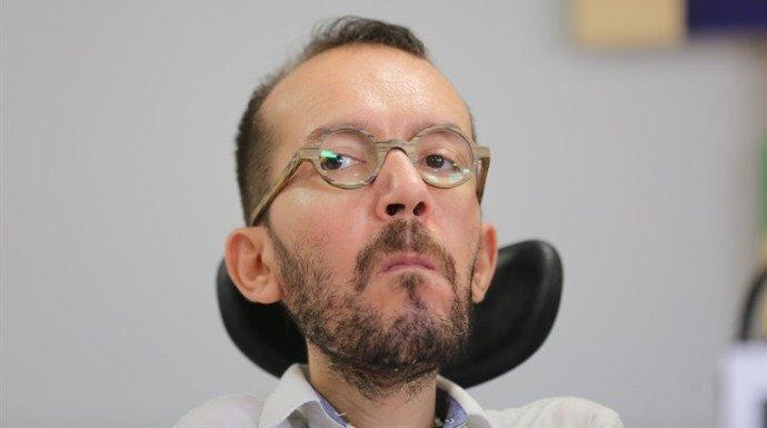 Echenique se hace la minga un lío con el referéndum pactado y la extrema derecha