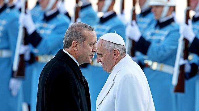 Erdogan llama al Papa para hablar de Jerusalén