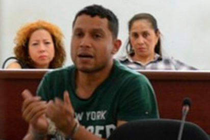 """El horrible y macabro chat con el que """"La Bestia del Matadero"""" engañó a la niña decapitada en Colombia"""