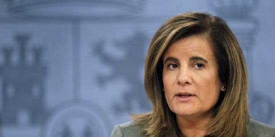 Fátima Báñez anuncia un aumento en España del 4% del salario mínimo para 2018