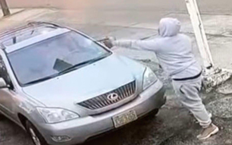 Feroz tiroteo entre matones en una gasolinera de EEUU