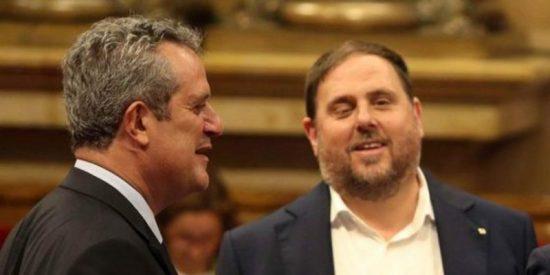 El juez del Tribunal Supremo mantiene en prisión a Junqueras, Forn y 'los Jordis'