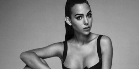 Georgina Rodríguez presume de colita mientras monta un jet ski en Dubai