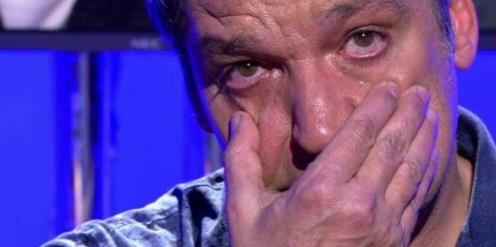 Gustavo González en el infierno: se divorcia tras ponerle los cuernos a su mujer
