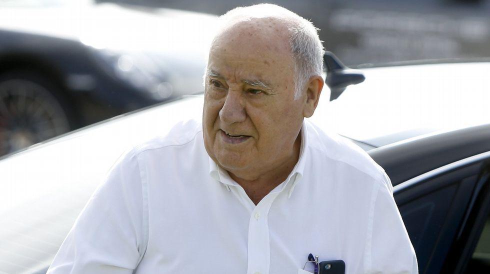 ¿A qué no adivinas que mete Amancio Ortega en la cesta de Navidad que regala a los empleados de Inditex?