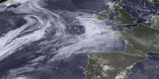 El 'ciclón' Ana golpea ya el norte de España