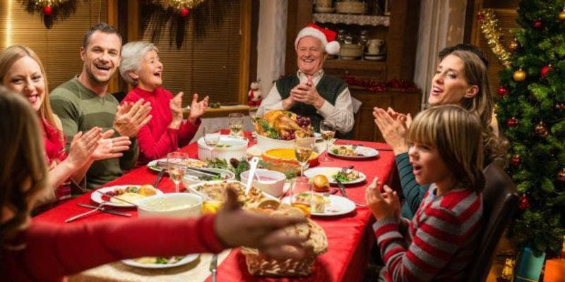 """Resultado de imagen de Cena navideña en familia"""""""