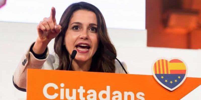 """Antonio Burgos: """"Los que están más encantados con la líder de Ciudadanos son los votantes del PP"""""""