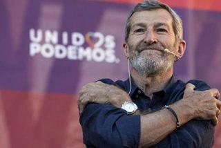 Julio Rodríguez (Podemos) hace el ridículo al acusar a los medios de escribir al dictado de Felipe VI