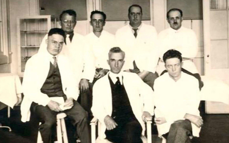 La Viagra de la Belle Epoque consistía en implantarse testículos de un joven muerto