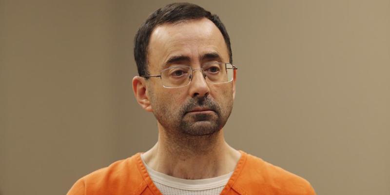Condenan a 60 años de cárcel Larry Nassar, el 'monstruo' de la gimnasia estadounidense